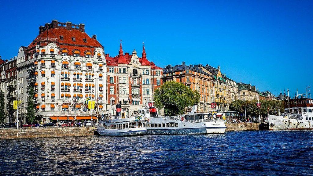 Hu reste svenskarna 2020 - inom Sverige