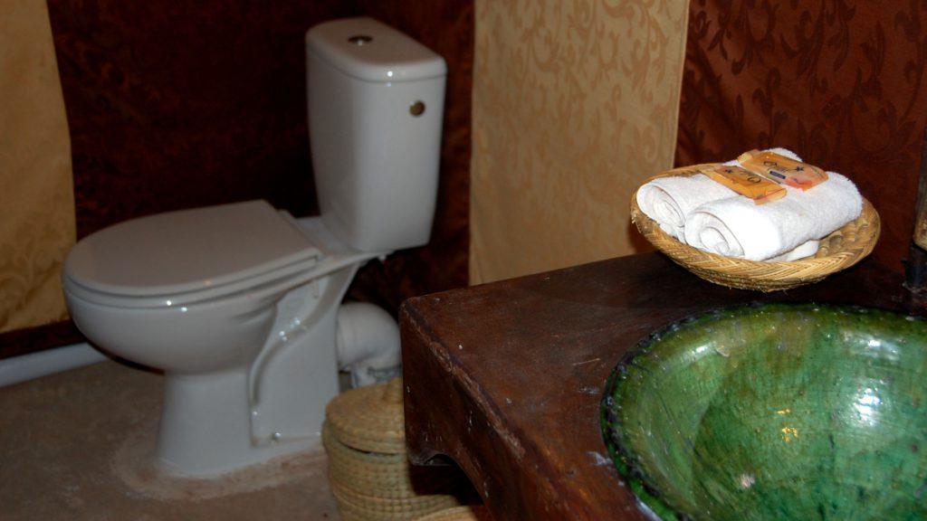 tält med toalett