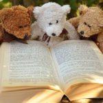 Resa i böckernas värld – 15 boktips för soffan